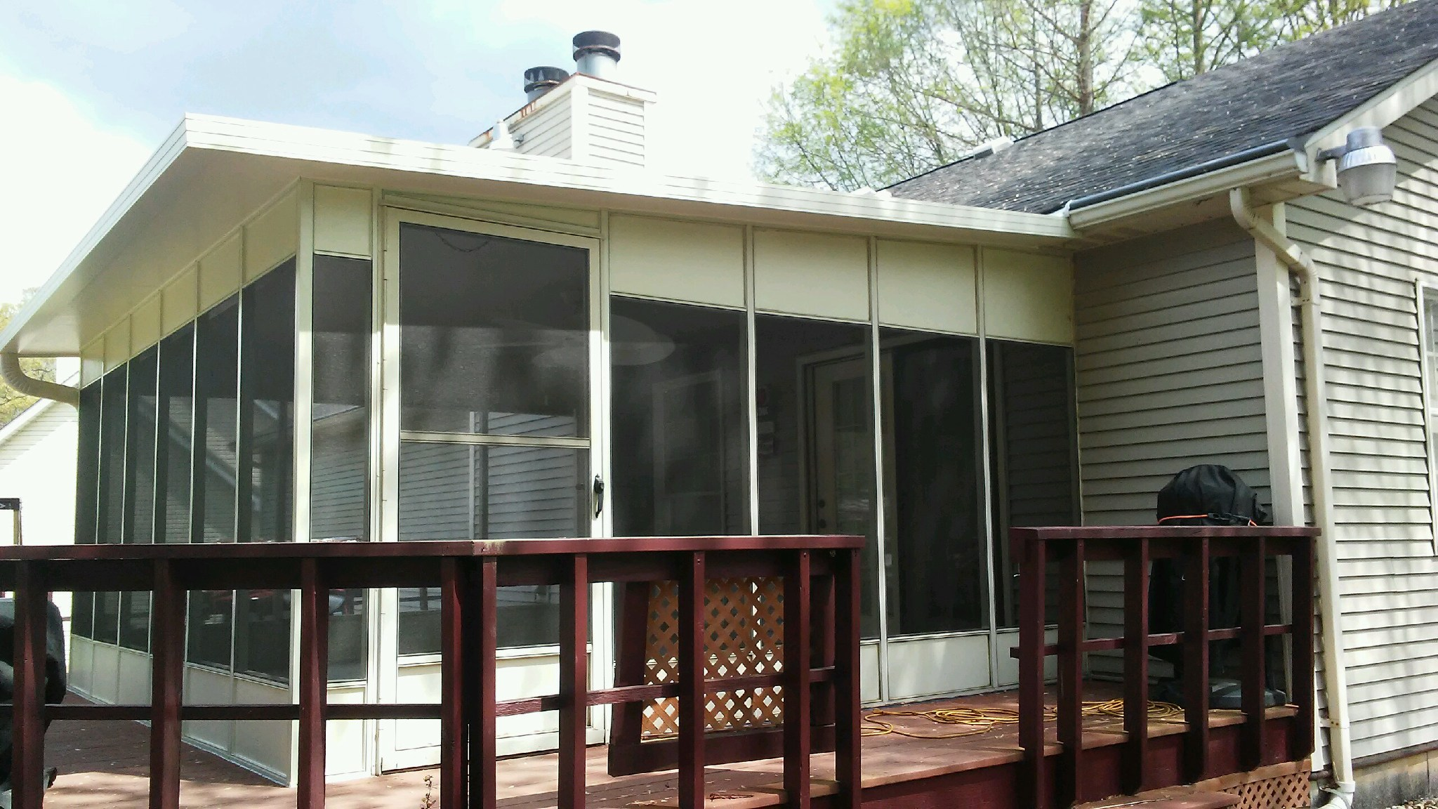 Screen room extended twice